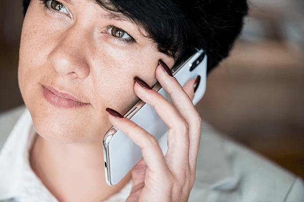 woman-making-a-phone-call-2